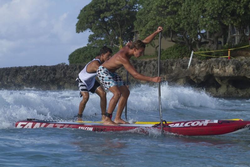 Kai Lenny Campeão Mundial de Stand Up Paddle Race 2013.